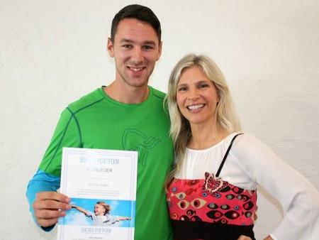Stig Tore Stafne og Birgit Semundseth smiler