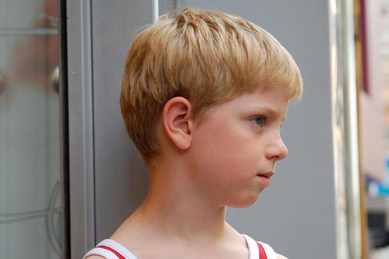 Trist gutt på 8 år