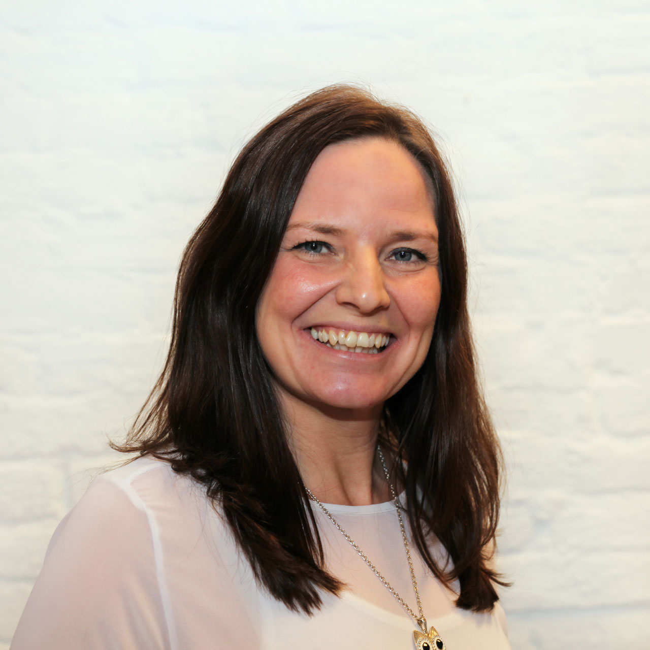 Anne Tøndel smiler